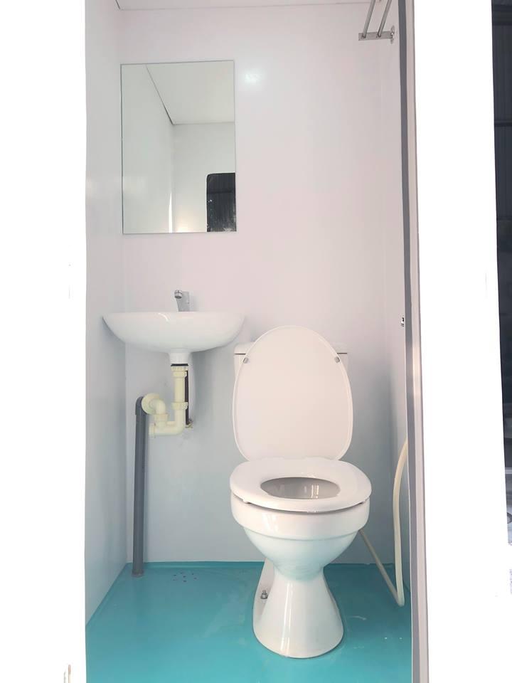 Nội thất nhà vệ sinh di động H17.2