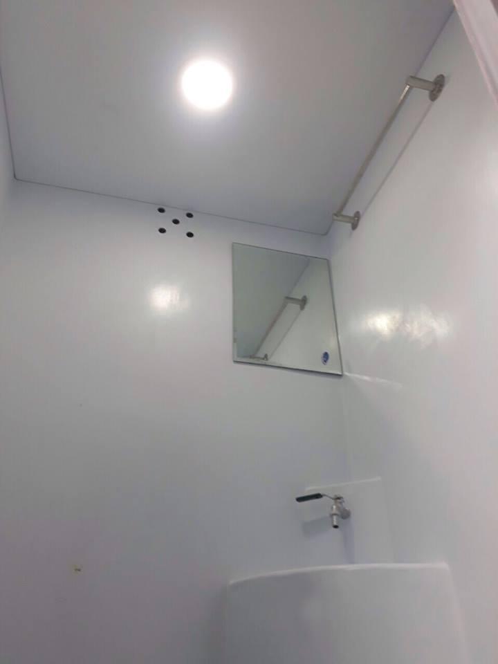 Lavabo đúc liền thân cabin nhà vệ sinh